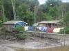Obydlí na břehu Amazonu