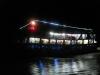 Osvětlená loď na Amazonce