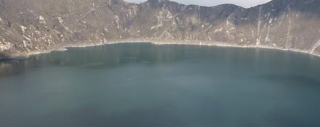 Laguna Quilotoa a jedna z nejkrásnějších stezek v Jižní Americe
